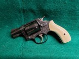 SMITH & WESSON - CHIEFS SPECIAL. FLAT LATCH. ENGRAVED BY CLINT FINLEY. W-REAL IVORY GRIPS. ONE-OF-A-KIND MASTERPIECE! - .38 SPECIAL - 4 of 16