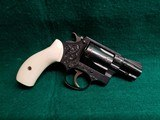 SMITH & WESSON - CHIEFS SPECIAL. FLAT LATCH. ENGRAVED BY CLINT FINLEY. W-REAL IVORY GRIPS. ONE-OF-A-KIND MASTERPIECE! - .38 SPECIAL