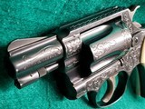 SMITH & WESSON - CHIEFS SPECIAL. FLAT LATCH. ENGRAVED BY CLINT FINLEY. W-REAL IVORY GRIPS. ONE-OF-A-KIND MASTERPIECE! - .38 SPECIAL - 15 of 16