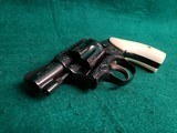 SMITH & WESSON - CHIEFS SPECIAL. FLAT LATCH. ENGRAVED BY CLINT FINLEY. W-REAL IVORY GRIPS. ONE-OF-A-KIND MASTERPIECE! - .38 SPECIAL - 16 of 16