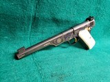 COLT - WOODSMAN. MATCH TARGET. 1ST SERIES. ENGRAVED BY JIM SORNBERGER W-GOLD INLAYS. CHECKERED IVORY GRIPS. STUNNING PISTOL! MFG. IN 1939 - .22 LR - 6 of 17