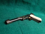 COLT - WOODSMAN. MATCH TARGET. 1ST SERIES. ENGRAVED BY JIM SORNBERGER W-GOLD INLAYS. CHECKERED IVORY GRIPS. STUNNING PISTOL! MFG. IN 1939 - .22 LR - 9 of 17
