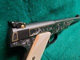 COLT - WOODSMAN. MATCH TARGET. 1ST SERIES. ENGRAVED BY JIM SORNBERGER W-GOLD INLAYS. CHECKERED IVORY GRIPS. STUNNING PISTOL! MFG. IN 1939 - .22 LR - 11 of 17