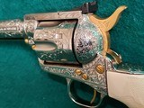 """COLT - NEW FRONTIER S.A.A. 3RD GEN. NICKEL PLATED. 7.5"""" BBL. ENGRAVED BY BRIAN MEARS. CHECKERED IVORY GRIPS. MFG. IN 1981 - .44 SPECIAL - 17 of 18"""