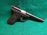 "RUGER - 22/45. POLYMER FRAME. W-1 MAG. 5.5"" HEAVY TARGET BARREL. NICE BORE! MFG. IN 2002 - .22 LR"