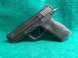 SMITH & WESSON-M&P40-40 S&W CALIBER