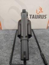 TAURUS 605 - 4 of 4
