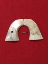 Colt Pearl Carve Steerhead grips