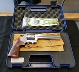 """SMITH & WESSON MODEL 629 6 1/2"""" NEW. 44 MAGNUM. BID ON THIS GUN IF YOUR FEELING LUCKY - 1 of 3"""