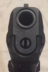 HK P2000 .40 cal - 5 of 7