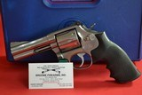 Smith Wesson, Model:686, 357 mag. - 1 of 2