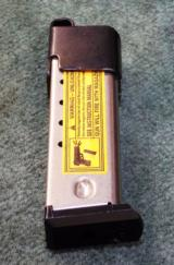 Ruger P89 15 Round 9mm Magazine with Speed Loader