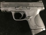 Smith & Wesson M&P 40c - 2 of 4