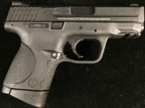 Smith & Wesson M&P 40c - 1 of 4