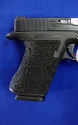 Custom Glock 17 9 mm - 4 of 5