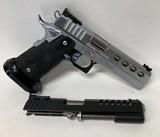 STI 2011 Plus Series Brazos Custom .40/.9mm - 1 of 6