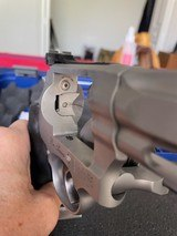 Smith & Wesson Performance Center Model 986, 9mm Pro Series Revolver, Excellent Condition - 9 of 12