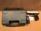 SG365-9-TXR3 Manufacturer Part #: 365-9-TXR3 UPC: 798681614912 9mm - 5 of 12