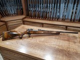 Weatherby Mark V Bolt Action Rifle 300 Weatherby Mag - 3 of 20