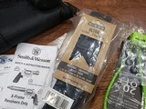 Smith & Wesson Performance Center Model 460 XVR 460 S&W Magnum 11626 - 3 of 11