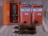 Lyman universal de-capping die, RCBS collet bullet puller and more