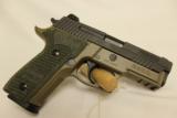 """Sig/Sauer P229 """"Elite"""" 9mm - 2 of 2"""