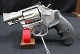 Smith and Wesson, 66-4, Stainless Combat Magnum .357 Mag.