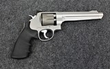 Smith & Wesson Performance Center Model 929 in 9mm