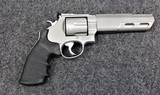 Smith & Wesson Model 629-6 Competitor pistol in .44 Magnum