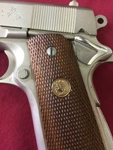 Colt 1911 Combat Commander Satin Nickel