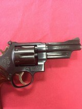 SMITH & WESSON 28-2 - 6 of 12