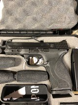 Smith & Wesson M&P 9 M2.0 9mm Semi Auto Pistol With Carry & Range Kit