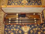 MINT, APPEARS UNFIRED BELGIUM BROWNING 2000, 2 BBL. SET IN ORIGINAL HARD CASE;