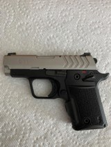 Springfield 911 semiautomatic pistol, 380 ACP, with Factory Green Viridian Laser Grip - 3 of 6