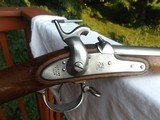 Model 1842 Springfield Musket. Dated 1852, 69 Cal.Unissued condition. - 1 of 15