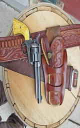Heiser holster with matching Lawrence cartridge belt- 3 of 12