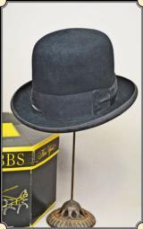High quality Dobbs Derby hat 7 1/4 with original hat box