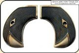 Ruger Birds Head Checkered Grips RJT#5348 - 2 of 2