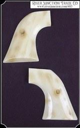 Ruger - Plain gripRuger - Plain grip - Two piece - 1 of 4