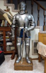 VICTORIAN ERA SUIT OF ARMOR - 1 of 7