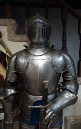 VICTORIAN ERA SUIT OF ARMOR - 2 of 7