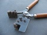 RCBS 09-124-cn.35838 caliper bullet mold - 2 of 6