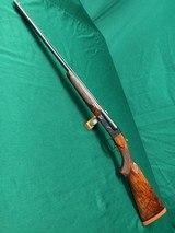 "Winchester Model 21, 16 gauge, 28"" barrels, pistol grip, beavertail, single trigger, deluxe wood"
