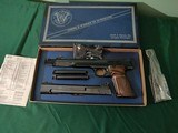 Smith and Wesson Model 41, 22 SHORT and 22 LR set, in S&W box