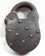 ORIGINAL ANTIQUE WINCHESTER FIREARMS FACTORY LOCK from COLLECTING TEXAS – LOCK #27 with KEYS - 2 of 8