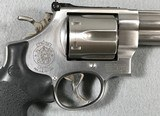 SMITH & WESSON 629-4 CLASSIC .44 MAGNUM - 2 of 18
