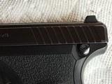 Heckler and Koch hk P7 pistol - 7 of 10
