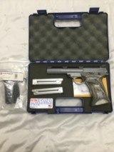 Smiths & Wesson 22s-1 bull barrel 22lr pistol