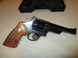 Smith & Wesson28-3357 mag.