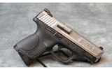 Smith & Wesson ~ M&P40c ~ .40S&W - 1 of 3